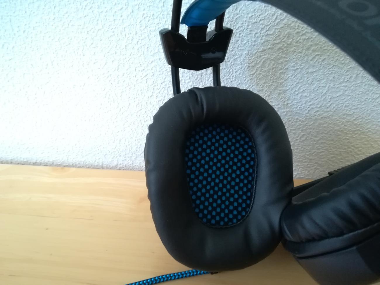headset18